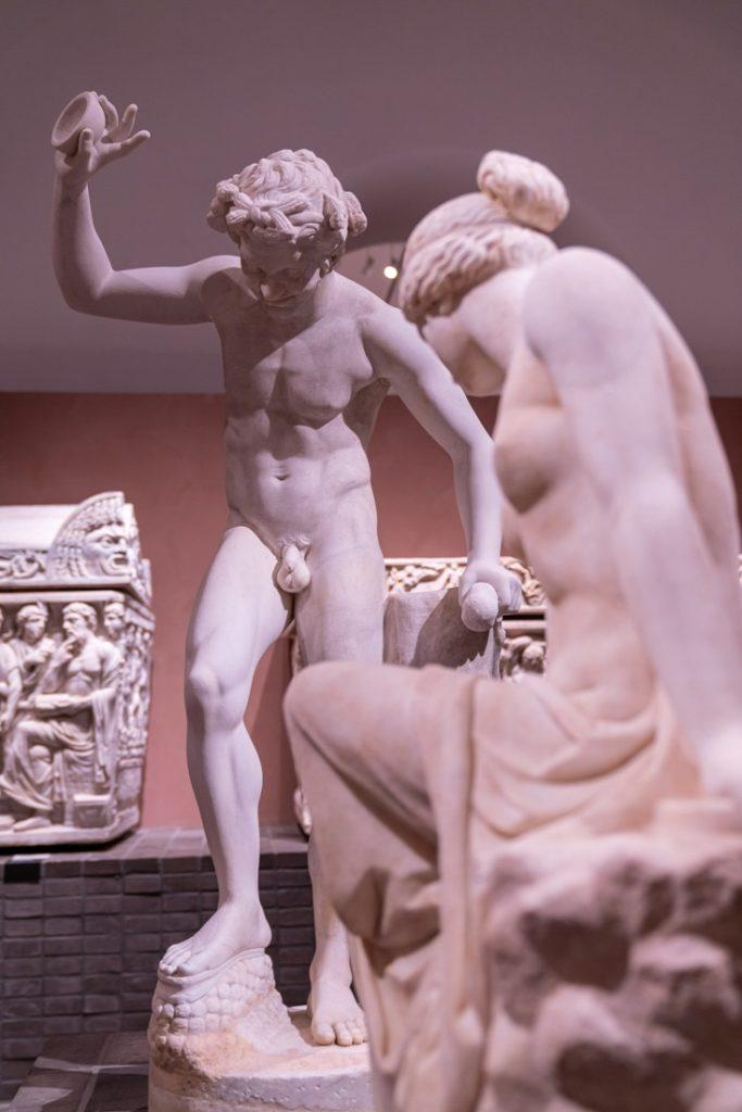 Collezione Torlonia, Invito alla danza