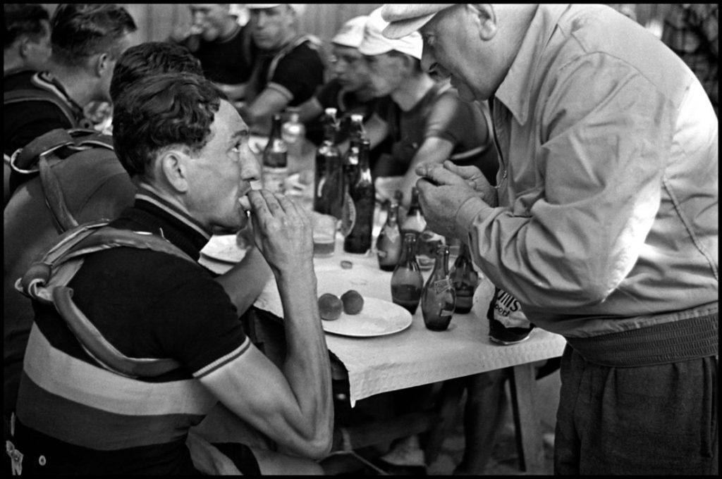 Tour de France, 1939 © Robert Capa © International Center of Photography : Magnum Photos.